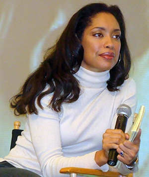 "White Privilege in Media: Perfection Herself - Gina Torres</strong> at the 2008 ""Creation Entertainment's Salute to Firefly & Serenity"" Convention in Burbank, CA - Photo by Rach  white privilege - Gina Torres 2008 - Gamechanger: The Upkins Litmus Test On White Privilege In Media"